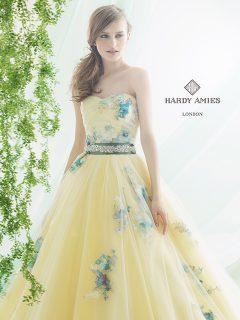 HARDY AMIES4